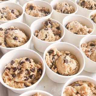 Salted chocolate chip cookie dough cups