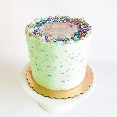NEW Classic Cake design⚡️ Sprinkle Crown