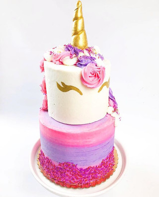 I'll never get tired of unicorn cakes 💕
