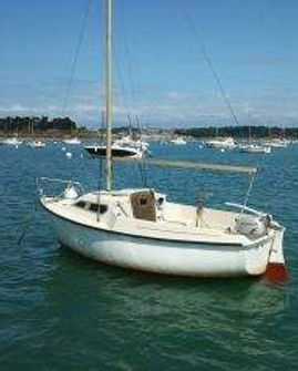 bateau_beneteau-california-470_3857076.j