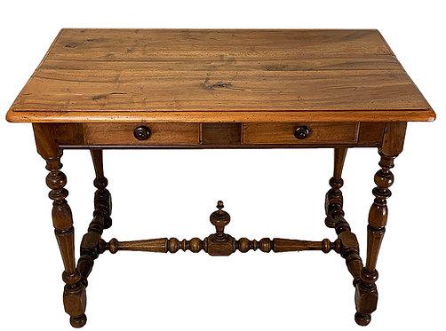 Table en noyer moulurée XVIIIème siècle