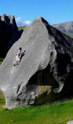 NZ---Castle-Hill-Boulder---Copy_edited.j