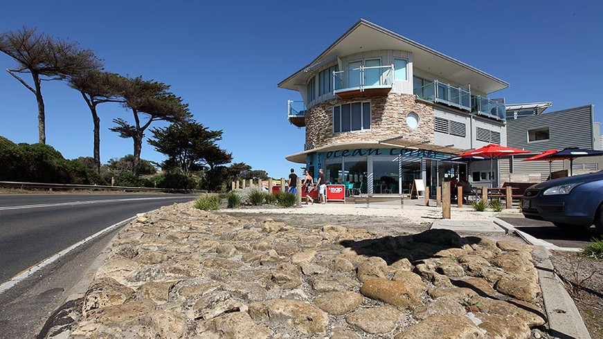 Retail and Accommodation, Great Ocean Road