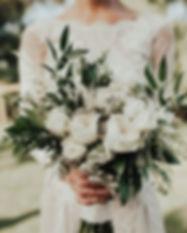Aren't #gardenroses amazing_ #bridalbouq