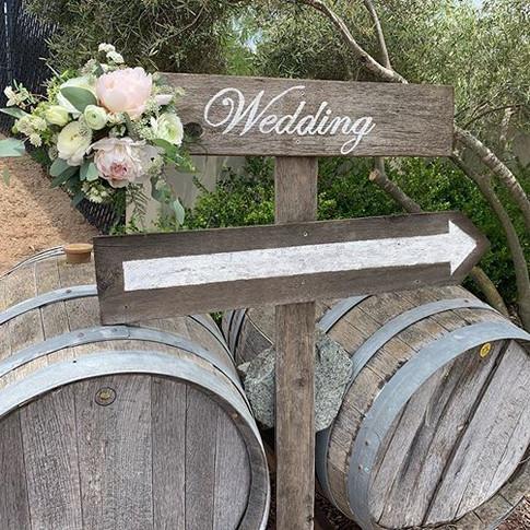 Wedding this way! #floraldesigner #valle
