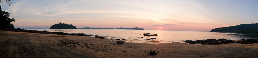 Aow Lek Panorama
