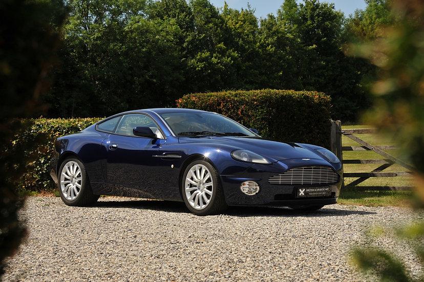 Aston Martin Vanquish 2+2
