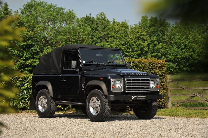 "Land Rover Defender 90 ""Eden Park"""
