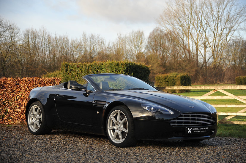 Aston Martin V8 Vantage Cab Manual 35.800 Kms