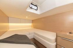 Bavaria Yachts S33 Open interior