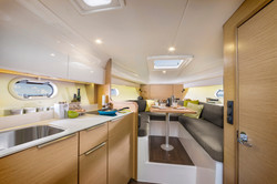 Bavaria yachts S30 Open interior