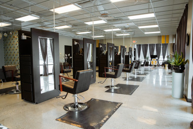 6Figure Salon Photos001.jpg