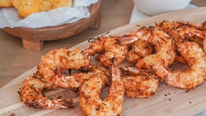 """Red Lobster Copycat """"Parrot Isle"""" Air-Fried Jumbo Coconut Shrimp with Pina Colada Dipping Sauce"""