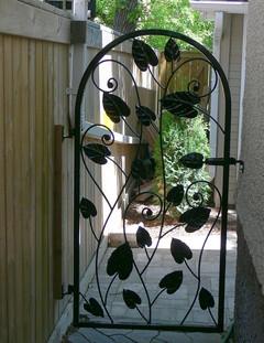Vadas's Gate