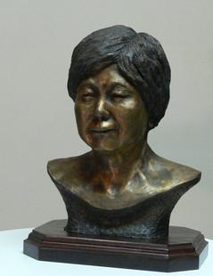 Mrs. Yim (left side)