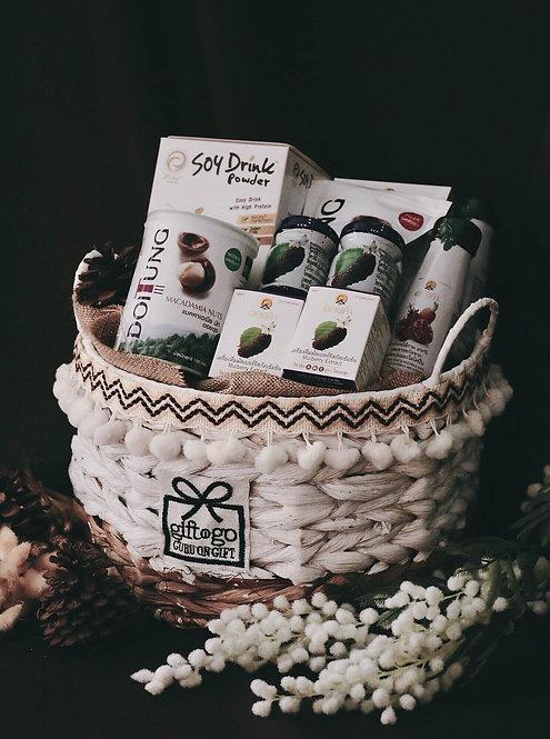 1021NY1913 - C19-1 NY Gift Basket S Tribal Design