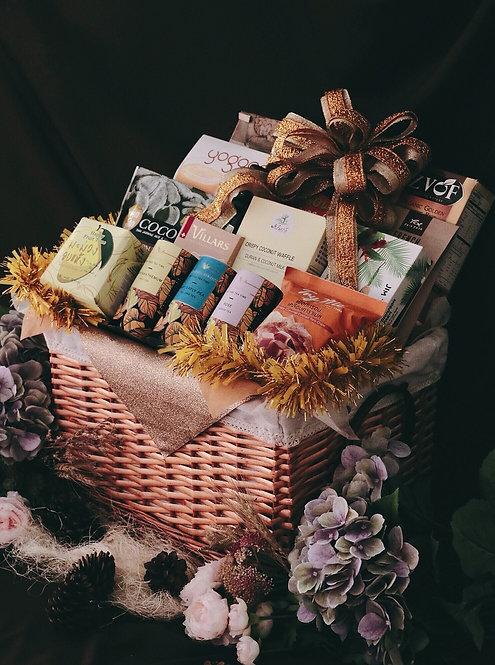 1021NY1903 - C19-1 NY Gift Basket L Goldie