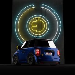 minimini-rear-lights-on-neon-onjpg