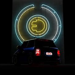 minimini-rear-lights-off-neon-onjpg