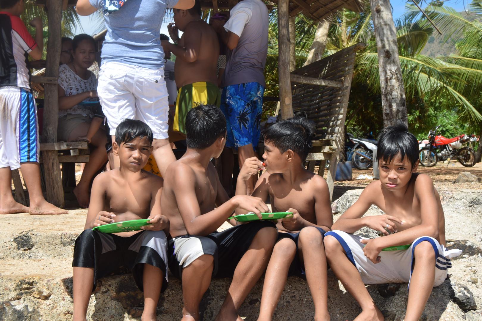 Kids in Cebu