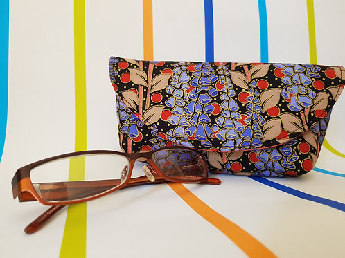 Black with Lilac Flowers Glasses Cases