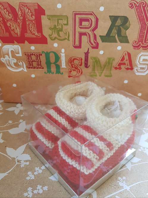 Medium Red and White Christmas Cosy Toes