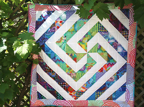 Kaffe and White Spiral Quilt