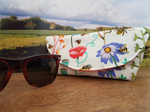 Bees and Flowers Glasses Case