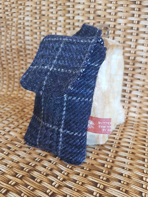 Clip On Pouch Small - Navy Check