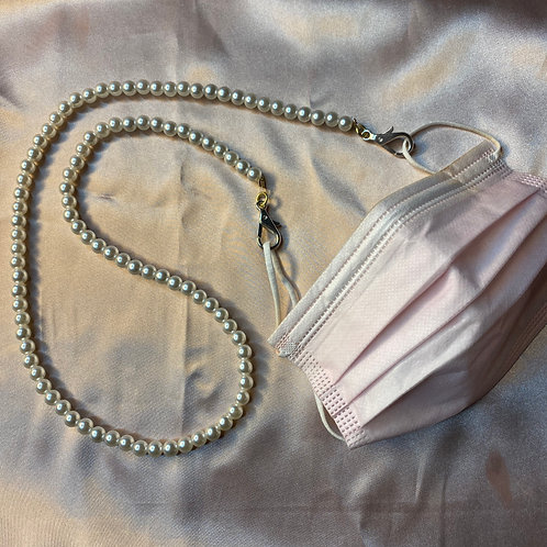 Mask Leash of Pearls