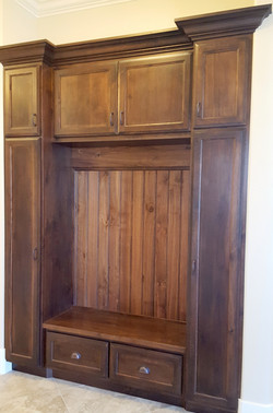 Utah custom cabinets lockers bench