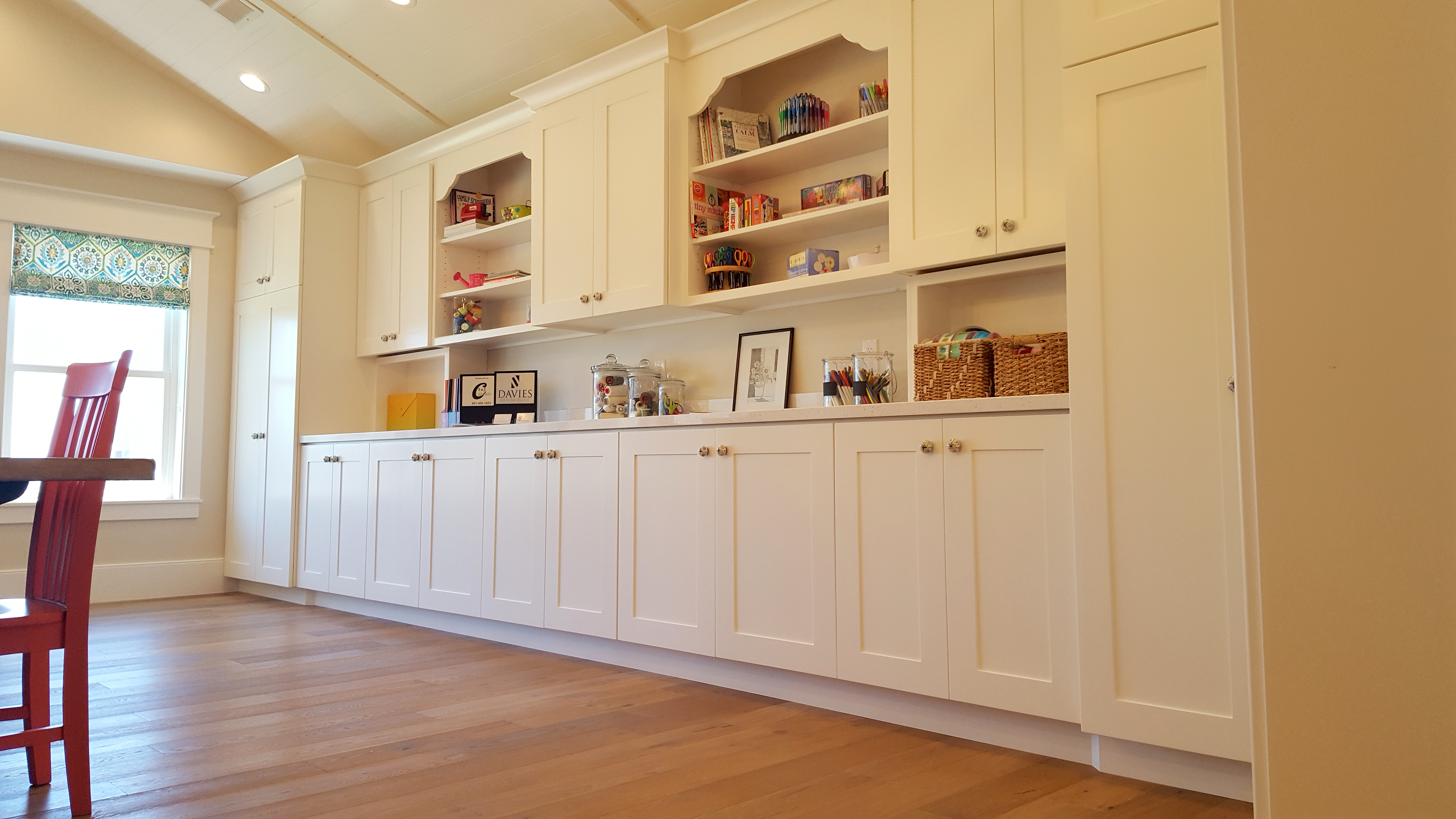Utah custom cabinets bookshelf