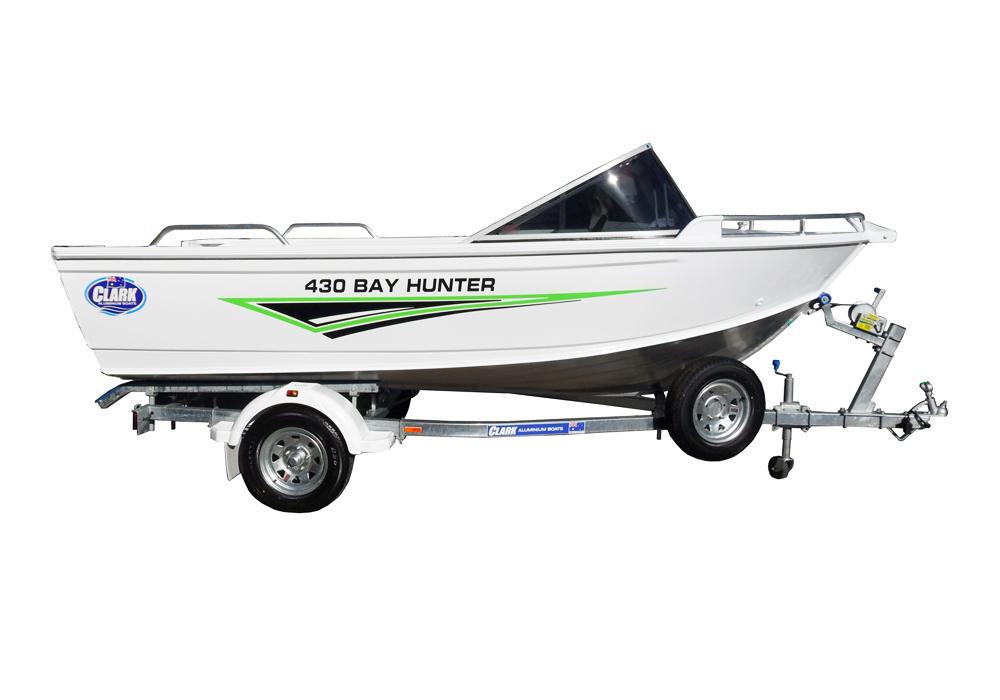 430-bay-hunter-side-02-copy