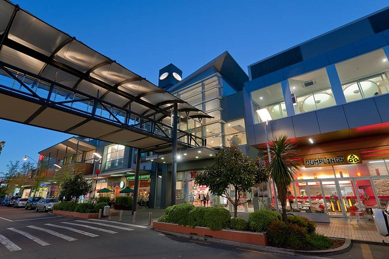 Riccarton-Mall-outside