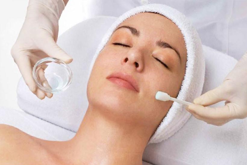 Peeling visage et cou