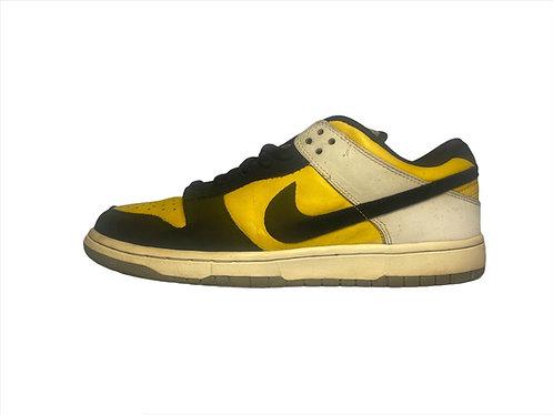 """Nike Dunk Low Pro SB """"Bic"""""""