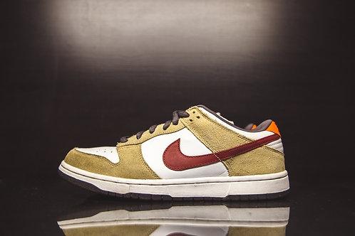 "Nike Dunk Low Pro SB ""Crimson"""