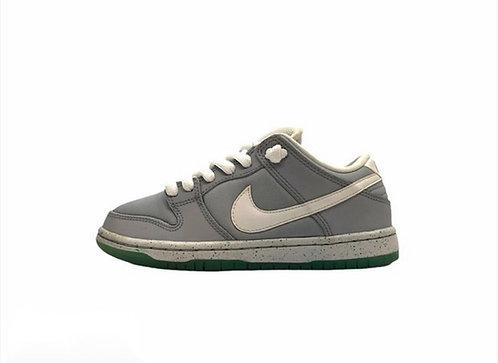 "Nike Dunk Low Premium SB ""Marty McFly"""