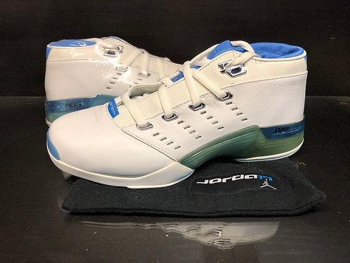 Air Jordan XVII Low White Carolina - Sz 9