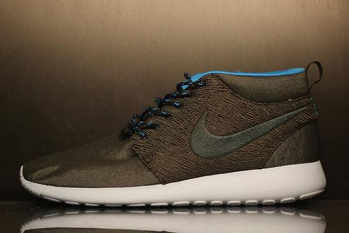 Nike Roshe Run - Sz 14