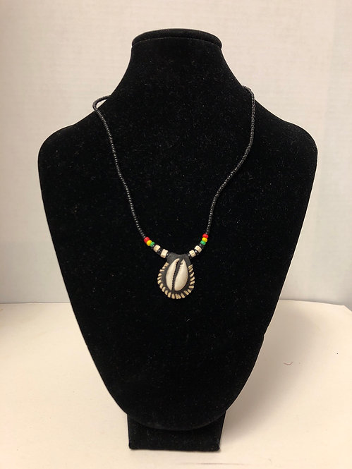 Cowrie Shell Necklace (black)