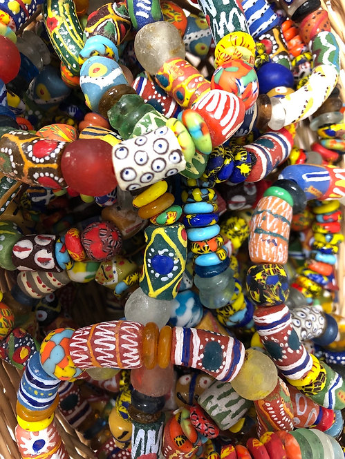 Miscellaneous Ghanian Recycled Glass Bead Bracelet 1 Each