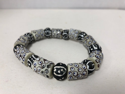 Black and White Ghanian Recycled Glass Bead Bracelet