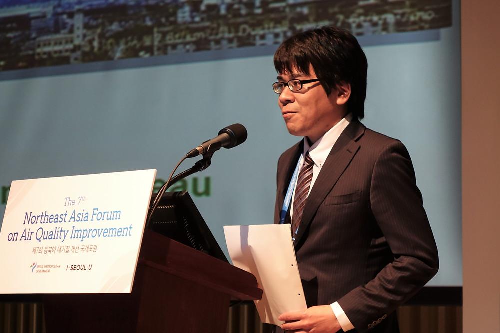 Tagami Ryuji shared Kitakyushu's experience in tackling air pollution.