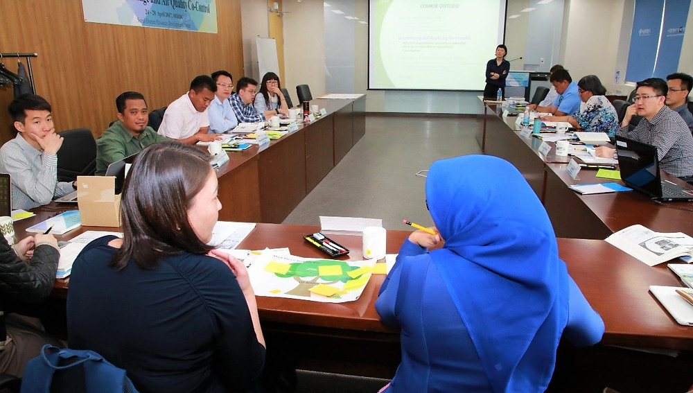 Participants shared opinions during training program.