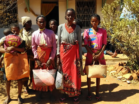 Isoanala: si distribuisce cibo alle famiglie più bisognose