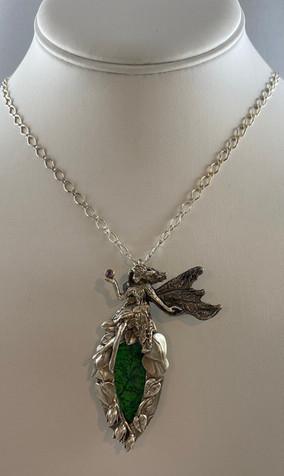 "SC109 - $350 - 19"" chain"