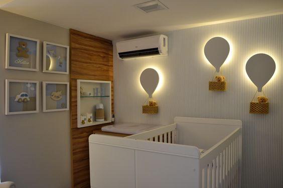 Luminárias balão. Projeto: Unio Arquitetura.