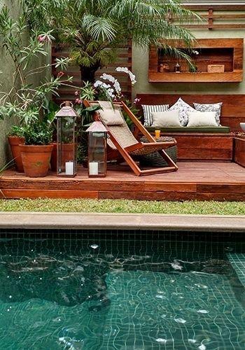 Jardim com piscina. Projeto: Gigi Botelho.