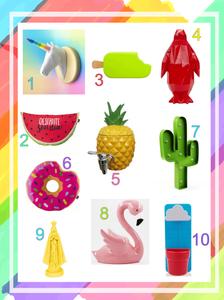 Seleção de objetos decorativos coloridos.